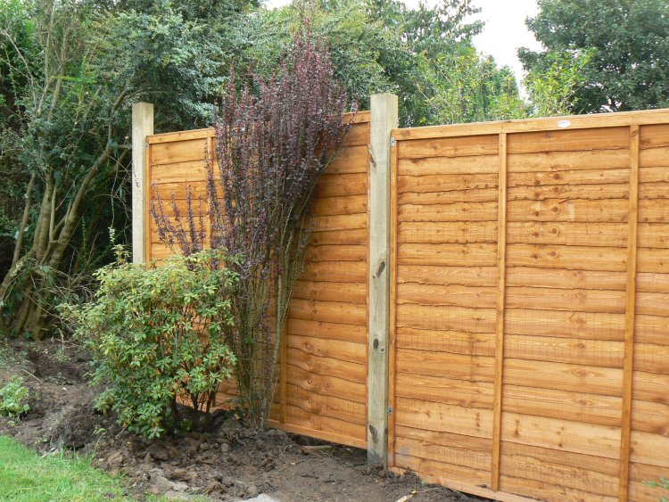 garden fence installers Durham, Newcastle and Sunderland